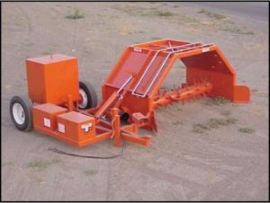 HCL windrow turner