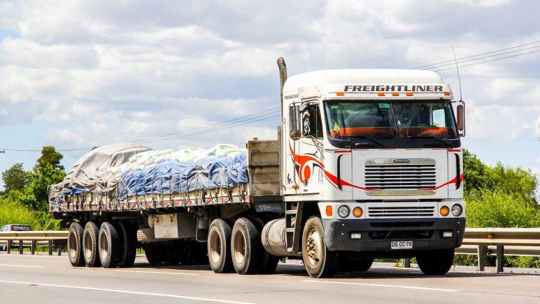 Flatbed truck soil mulch